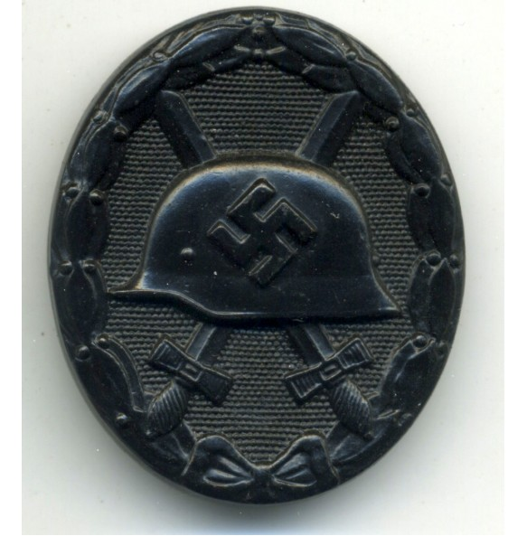Wound Badge in Black by C. Wild