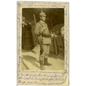 WW1 Portrait, gefreiter with covered spike helmet, fully equipped 1915