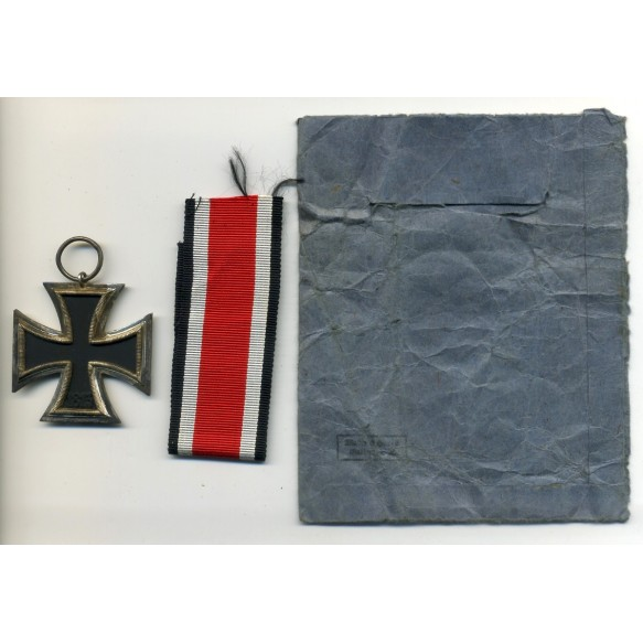 Iron cross 2nd class by Walter & Henlein
