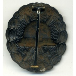WW1 Wound Badge in black by unknown maker, wide pin!