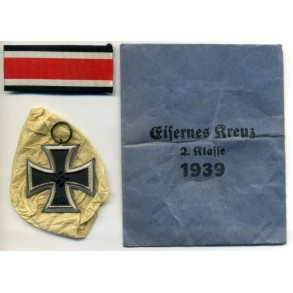 Iron Cross 2nd class by Walter & Henlein + package