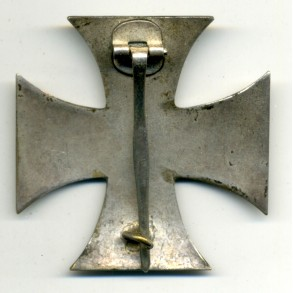 WW1 Iron Cross 1st class by W. Deumer, messing core schinkel!