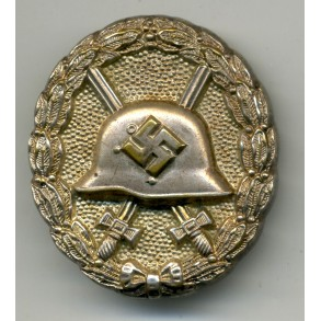 "Wound badge in silver 1st model ""hohlverbödet"""