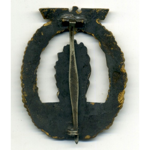 Kriegsmarine minesweeper badge by F.A. Assmann & Söhne