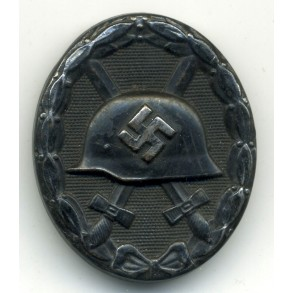 "Wound Badge in Black by B.H. Mayer ""L/18"""
