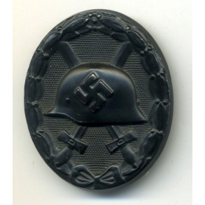 Wound badge in black by unknown maker.
