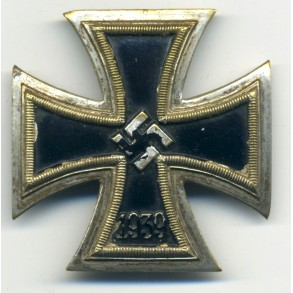 Iron Cross 1st class by AWS/C.E. Juncker, one piece tombac construction!