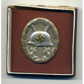 Wound badge in silver by Hauptmünzambt Wien + half BOX