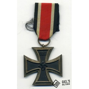 Iron cross 2nd class with upside down core