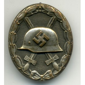 Wound badge in silver by G. Brehmer